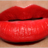 Rouge baiser ! Chanel Rouge Coco N°19 Gabrielle